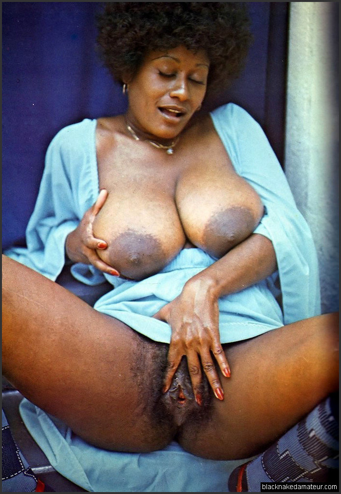 Naked sexy black women thickish